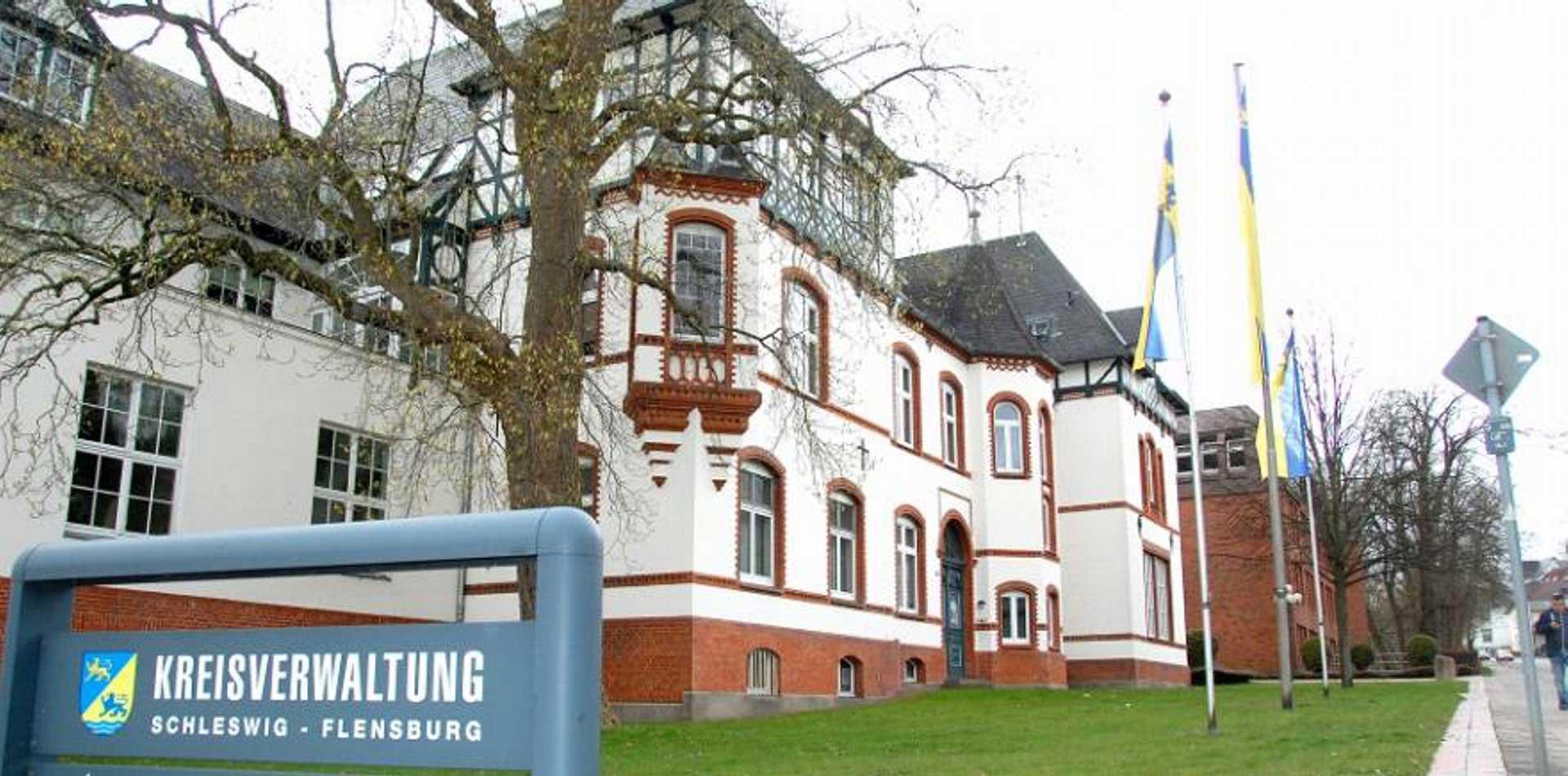 01-janiak-lippert_Kreishaus-SL-FL_Brandschutzsanierungen