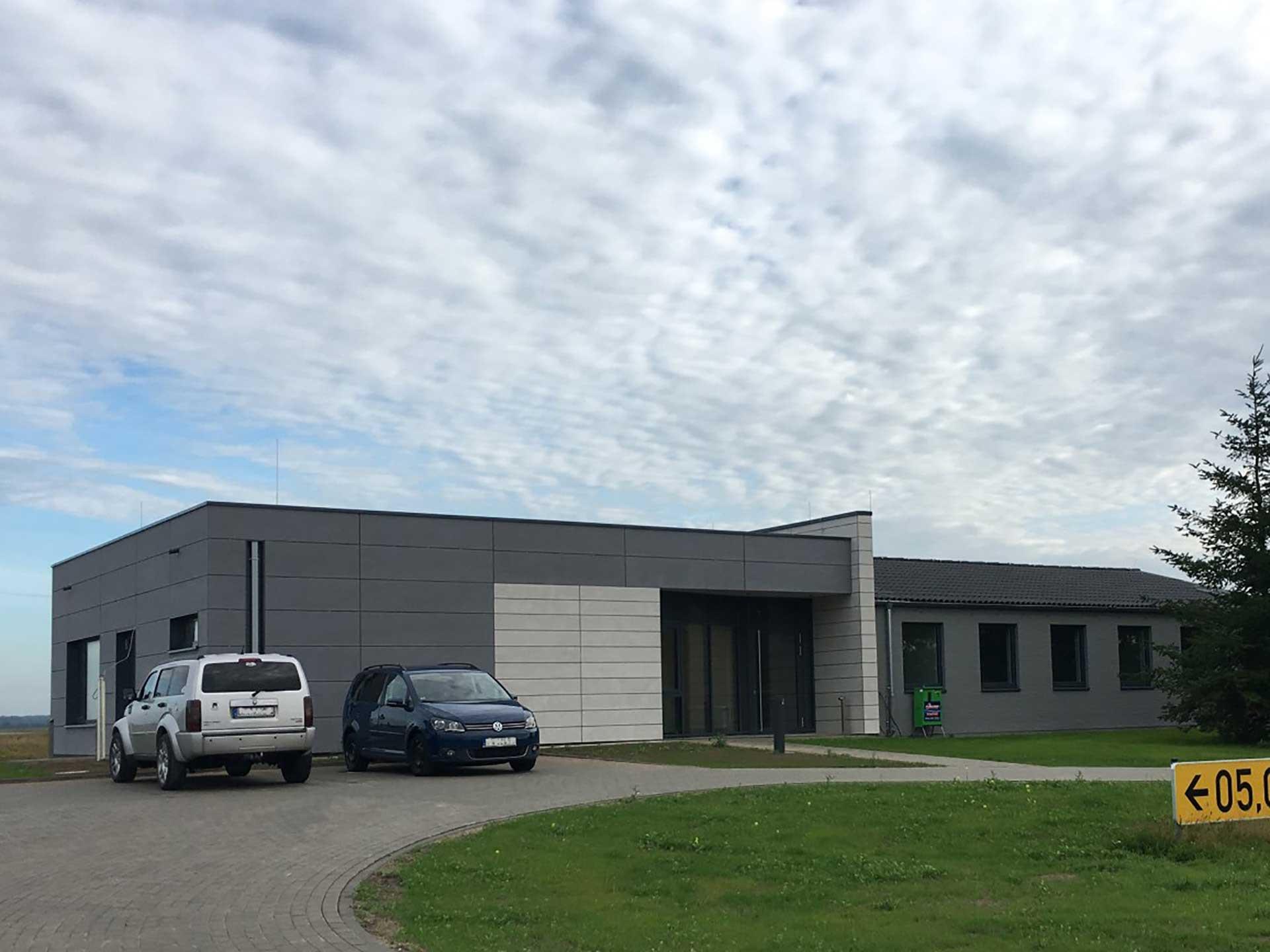 04-janiak-lippert_bundesbau-02-Natoflugplatz
